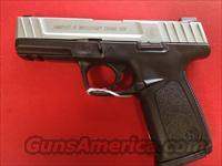 Smith and Wesson SD40VE  Guns > Pistols > Smith & Wesson Pistols - Autos > Polymer Frame