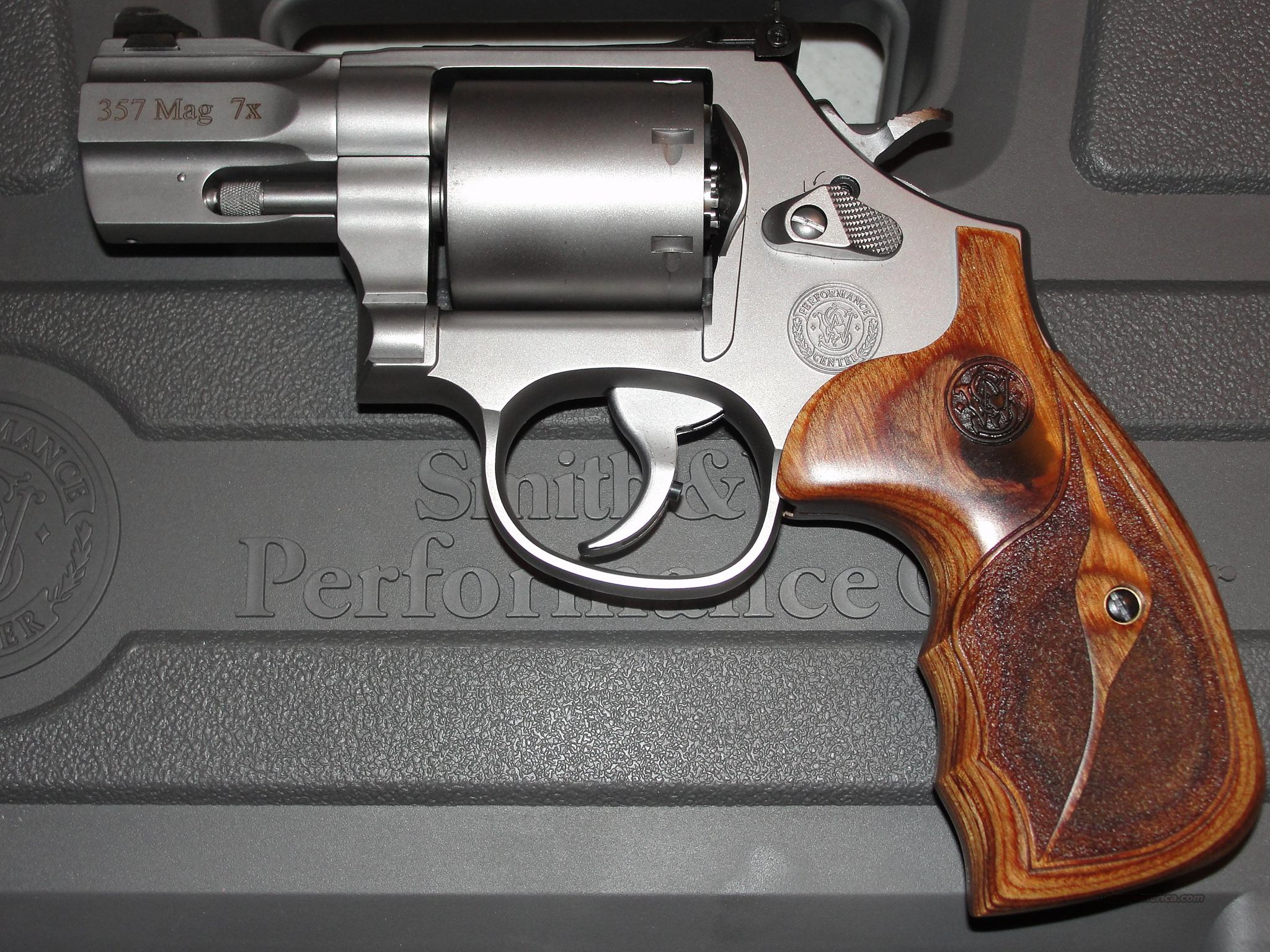 S&W M686 PERFORMANCE CENTER 357 2.5 SS (2014)   Guns > Pistols > Smith & Wesson Revolvers > Performance Center
