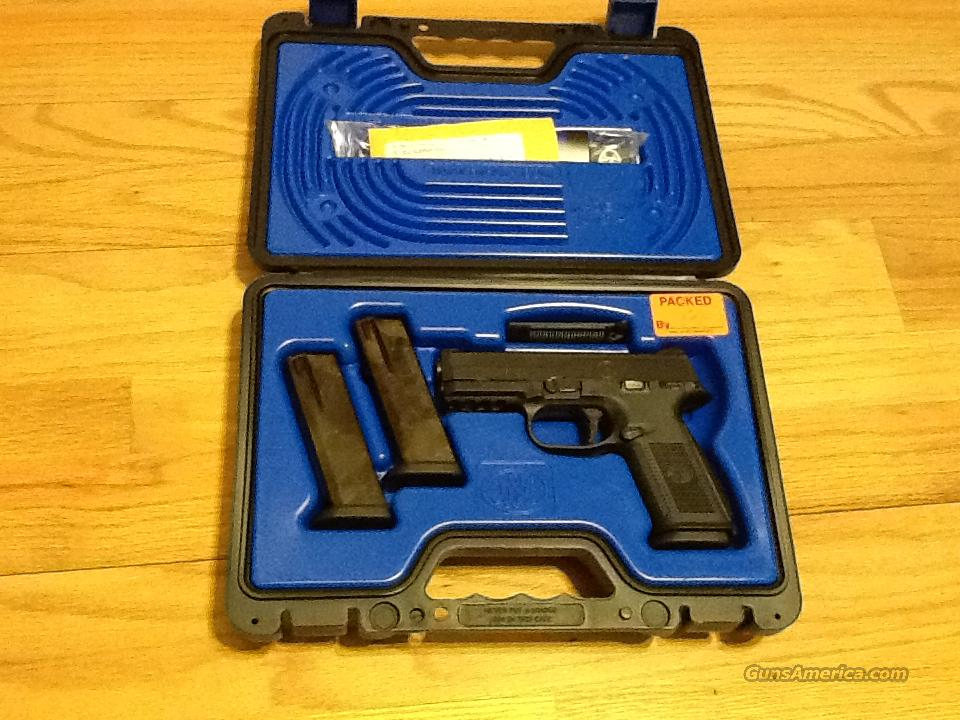 FNH FNS-40 Hi-cap w/night sights New in Box  Guns > Pistols > FNH - Fabrique Nationale (FN) Pistols > High Power Type