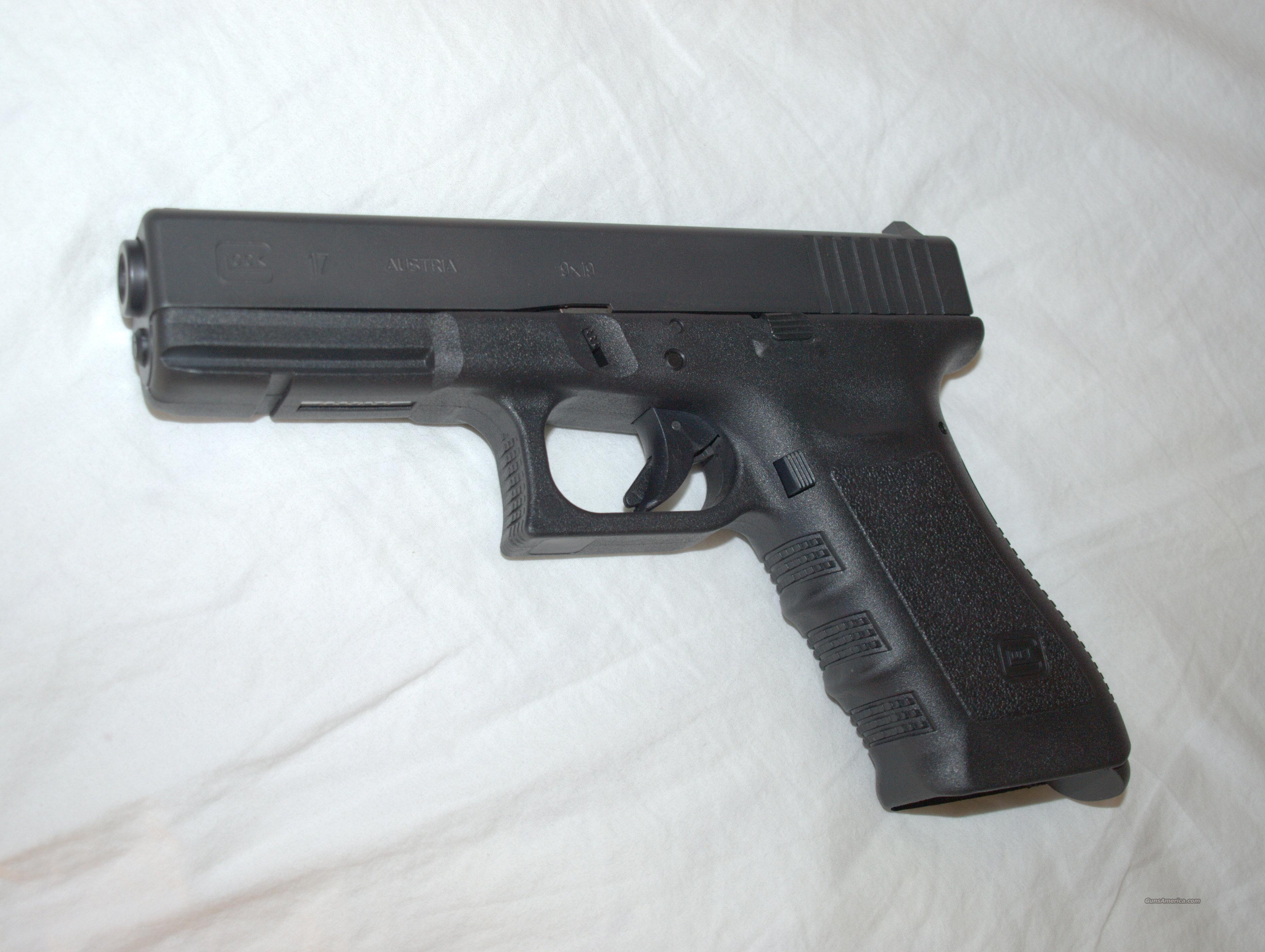 Glock 17 GEN3. less than 1 year old. San Jose, CA.  Guns > Pistols > Glock Pistols > 17