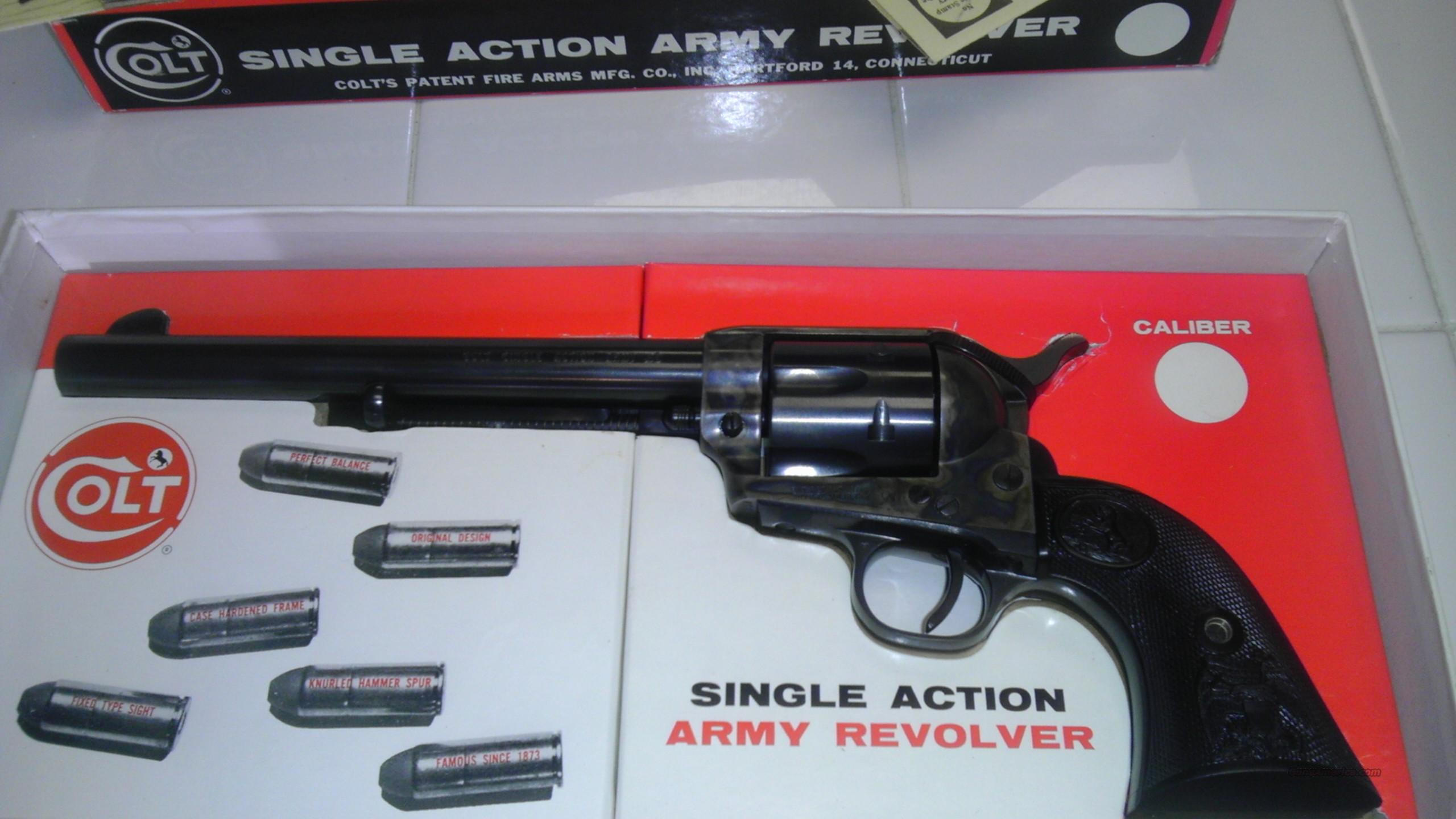 1970 colt 45 s.a. Army revolver 7.5 barrel with original stage coach box never fired  Guns > Pistols > Colt Single Action Revolvers - 2nd Gen.