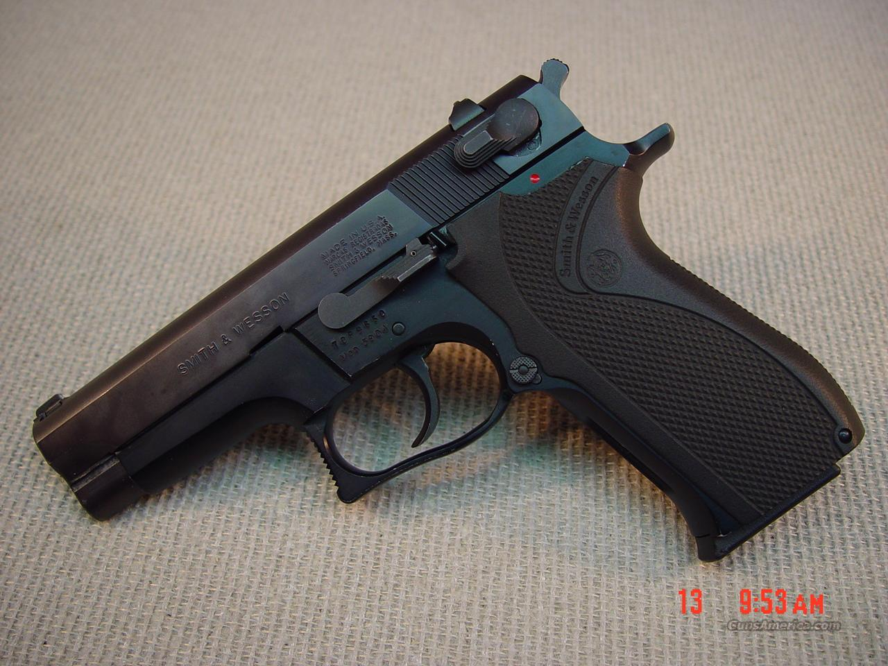 SMITH & WESSON Model 5904 9mm  Guns > Pistols > Smith & Wesson Pistols - Autos > Steel Frame