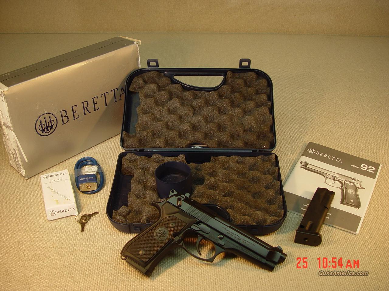 BERETTA 92FS with 2 MAGS (Made in Italy)  Guns > Pistols > Beretta Pistols > Model 92 Series