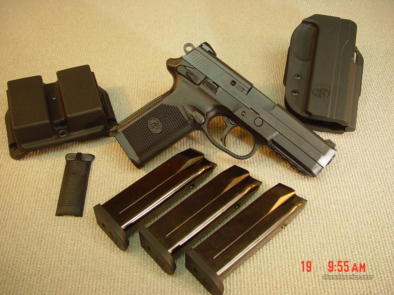 FN HERSTAL FNP-45ACP SEMI-AUTO KIT with 3 MAGAZINES  Guns > Pistols > FNH - Fabrique Nationale (FN) Pistols > FNP