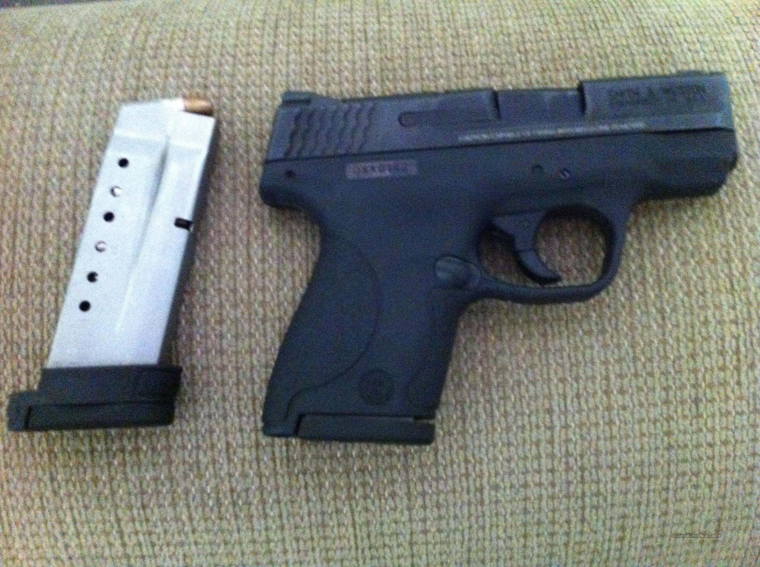LIKE NEW 9MM SHIELD  Guns > Pistols > Smith & Wesson Pistols - Autos > Shield