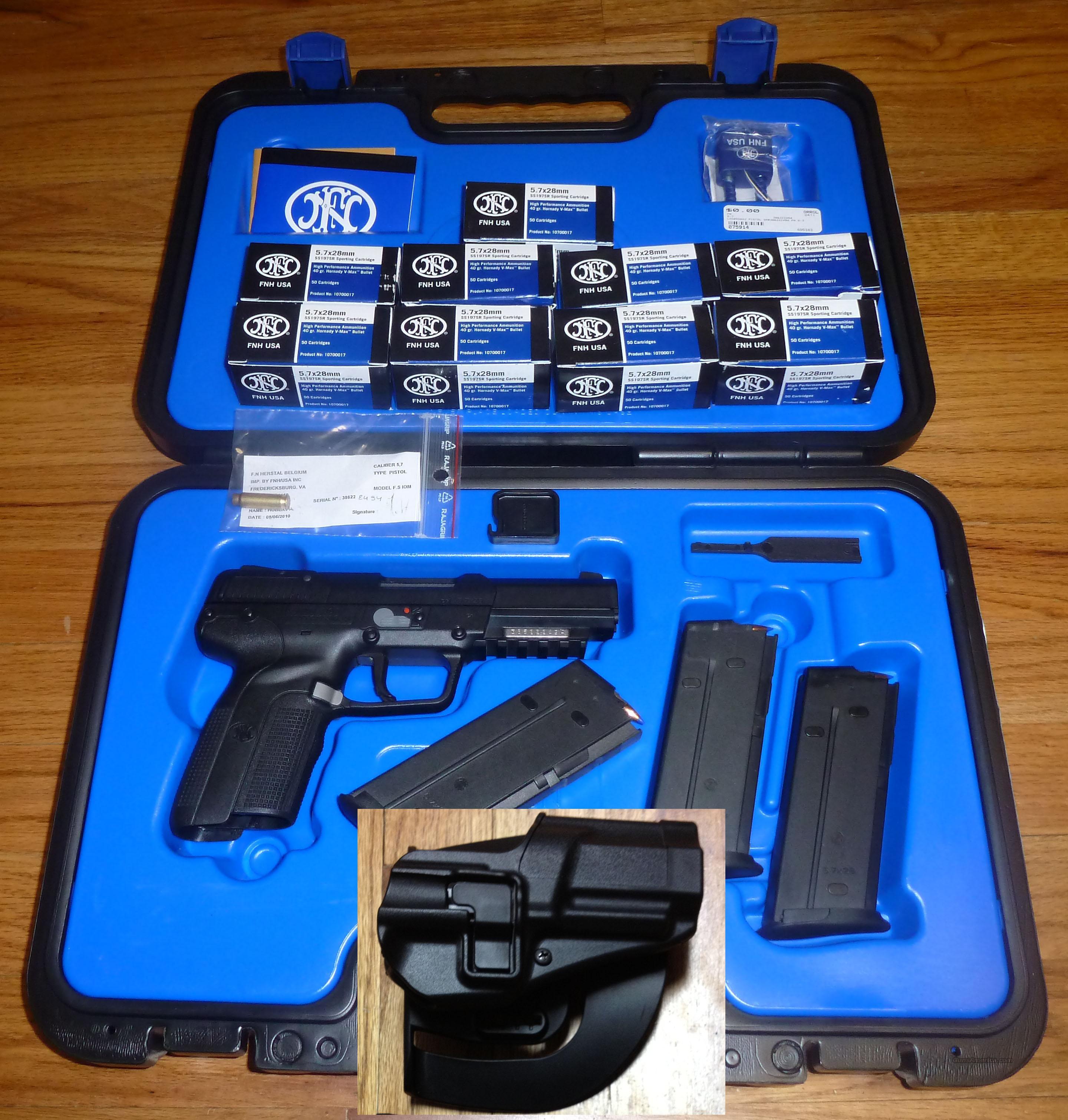 fn 5 7 pistol 5 7 x 28mm with black hawk holste for sale. Black Bedroom Furniture Sets. Home Design Ideas