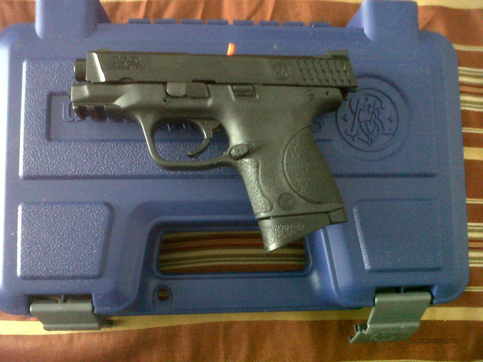 Smith & Wesson M&P 40C 3.5 compact new  Guns > Pistols > Smith & Wesson Pistols - Autos > Polymer Frame