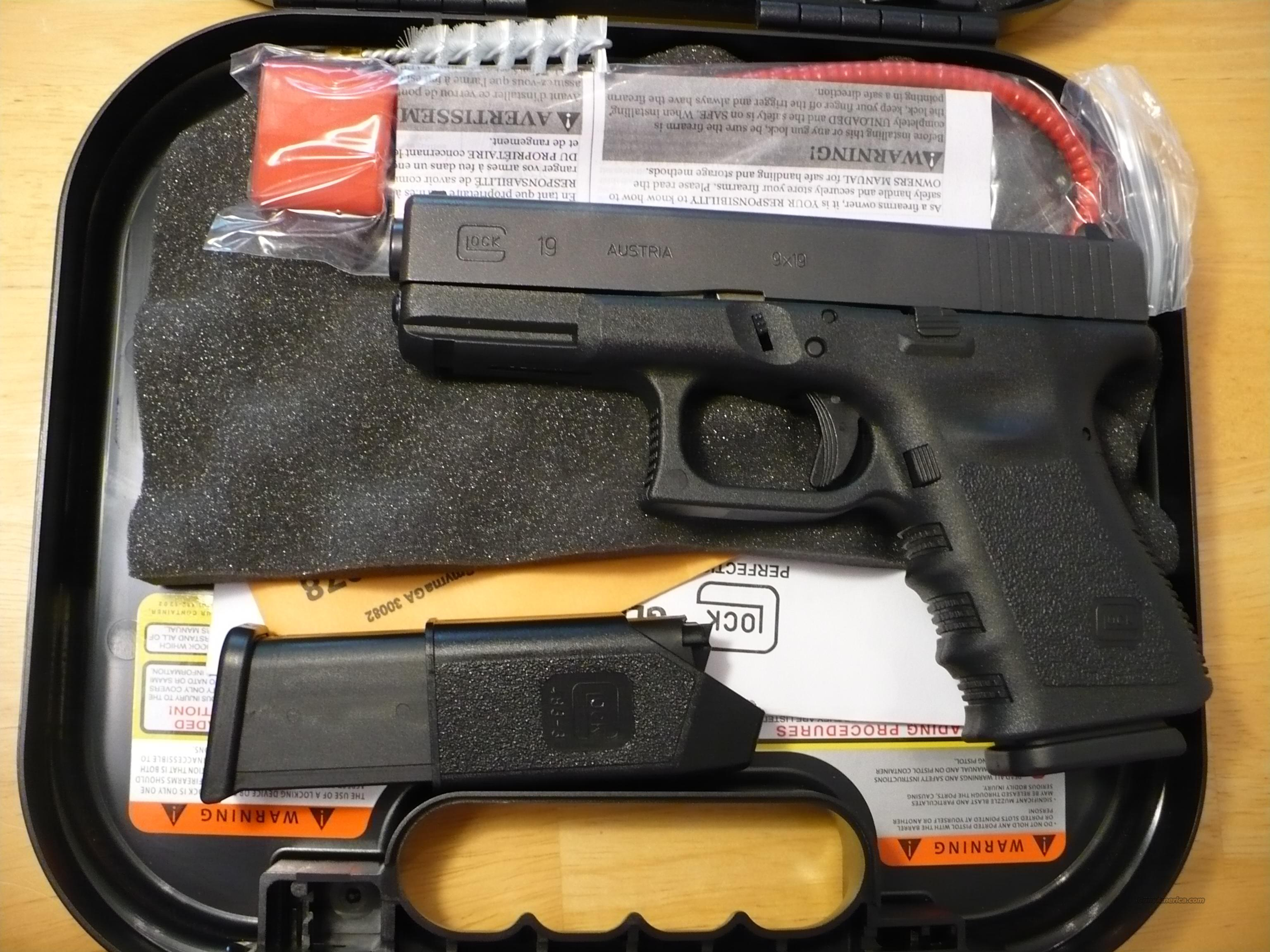 GLOCKS NEW IN STOCK,22,23,19 $500  Guns > Pistols > Glock Pistols > 29/30/36