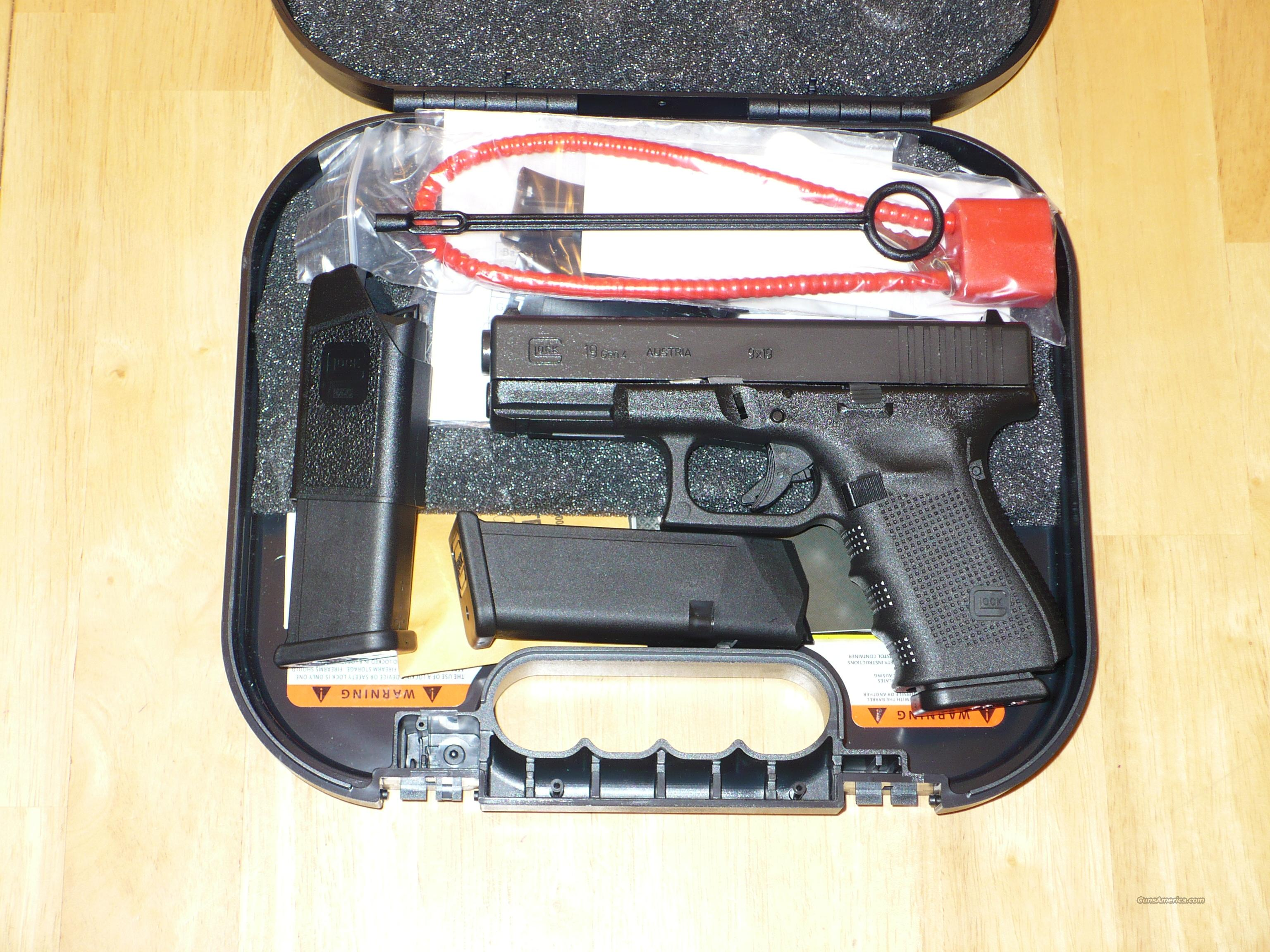 GLOCK 19 GEN 4 HI CAP 15 round capacity AS NEW UNFIRED COMES WITH 3 MAGS AND BOX AND PAPERWORK  Guns > Pistols > Glock Pistols > 19
