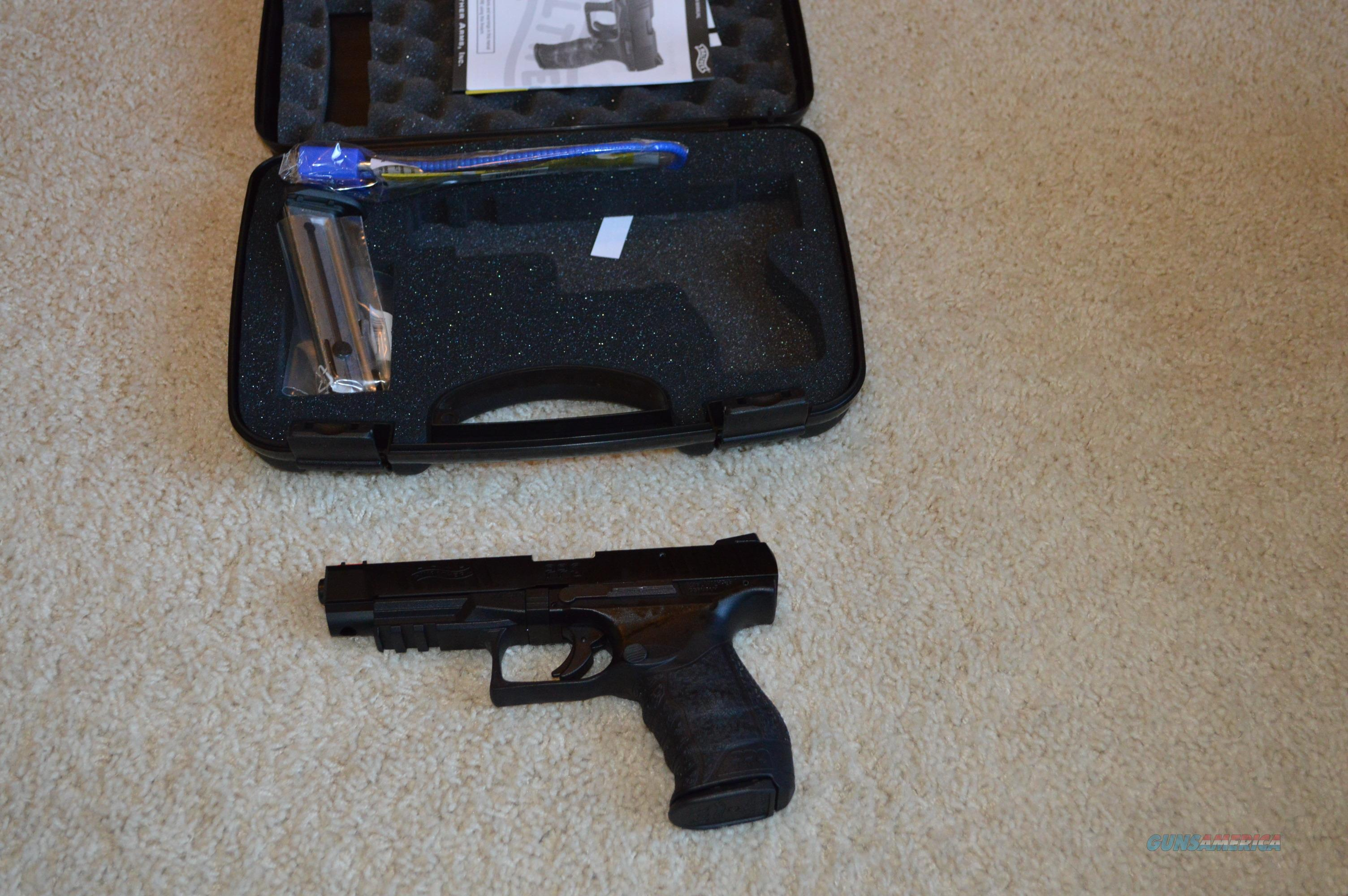 """ON SALE! Walther PPQ 22LR 5""""  Guns > Pistols > Walther Pistols > Post WWII > P99/PPQ"""
