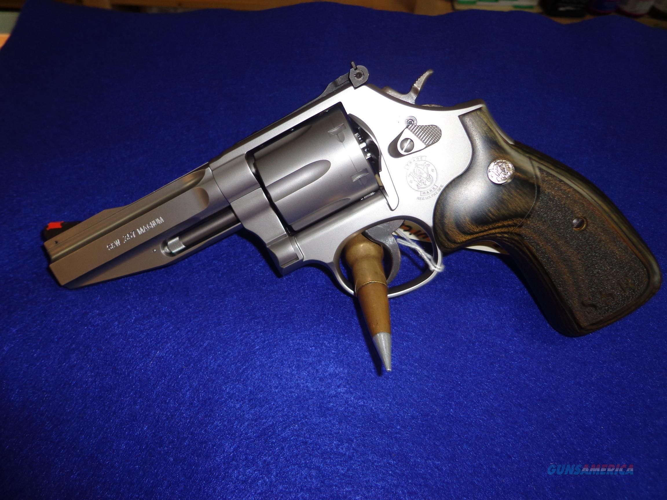 SMITH AND WESSON MODEL 686-6 PRO SERIES 357 MAG  Guns > Pistols > Smith & Wesson Revolvers > Full Frame Revolver