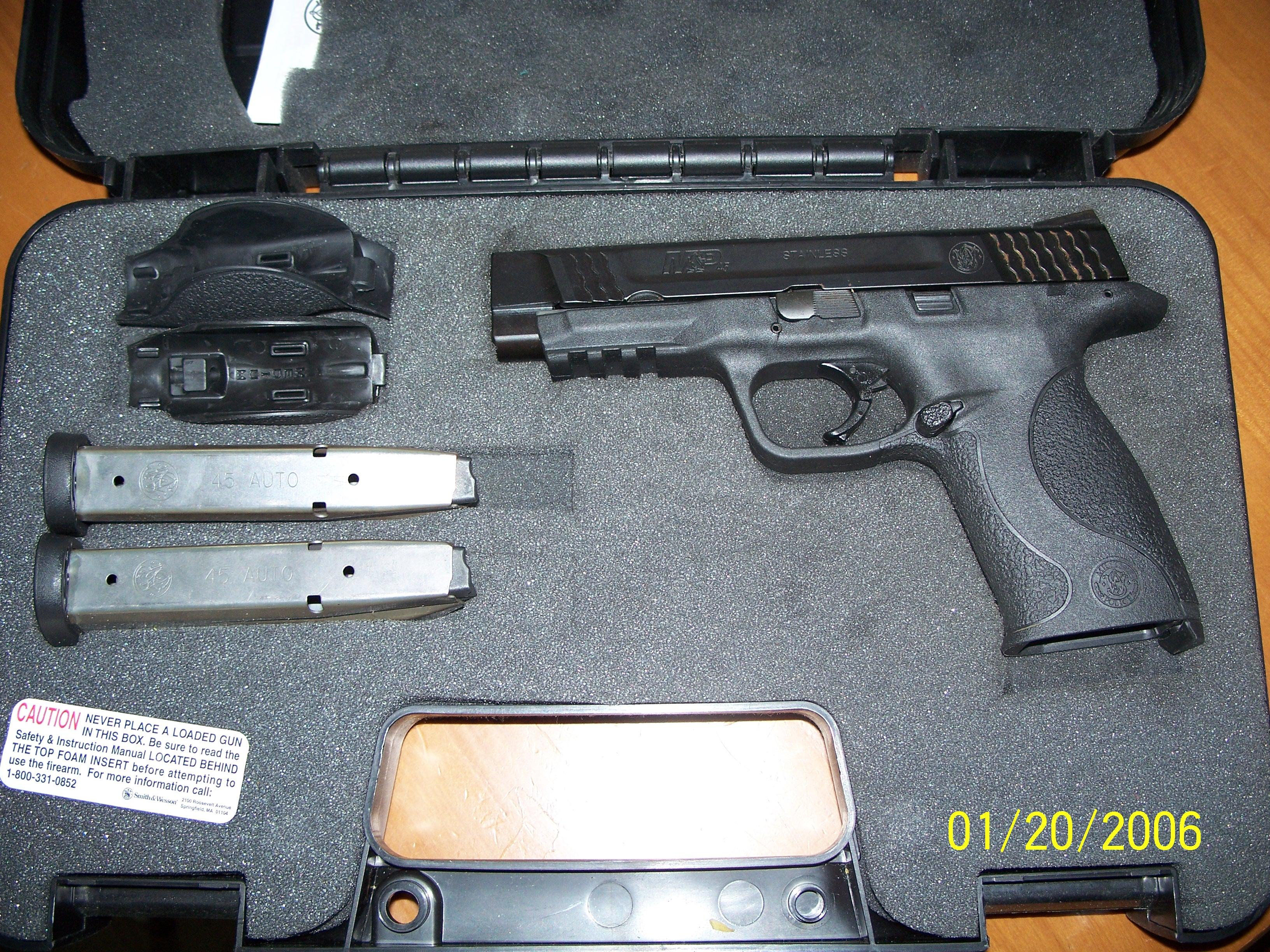 Almost new/Hardly Used  Guns > Pistols > Smith & Wesson Pistols - Autos > Steel Frame