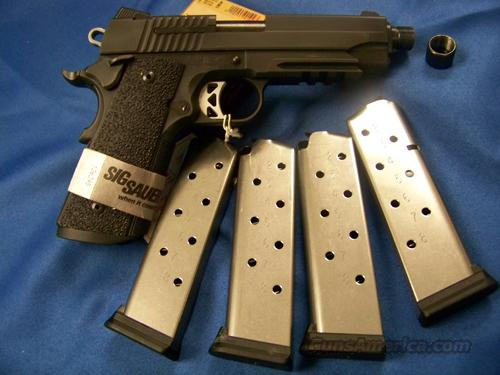 Sig 1911 TACOPS - Threaded Barrel - BlackHawk SOCOM case included  Guns > Pistols > Sig - Sauer/Sigarms Pistols > 1911