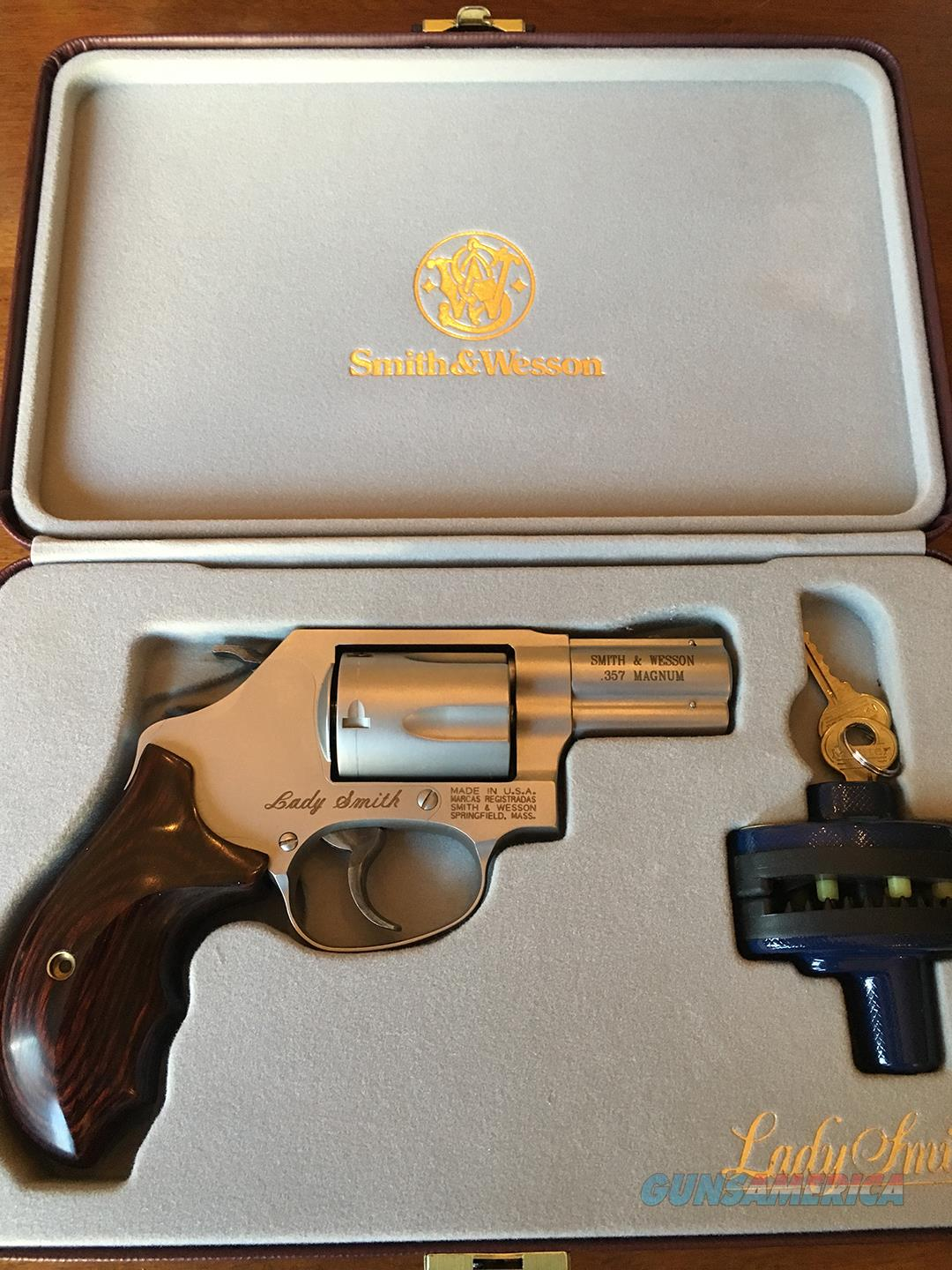 Smith and Wesson Chief Special  Model 60 Lady Smith LNIB    Guns > Pistols > Smith & Wesson Revolvers > Small Frame ( J )