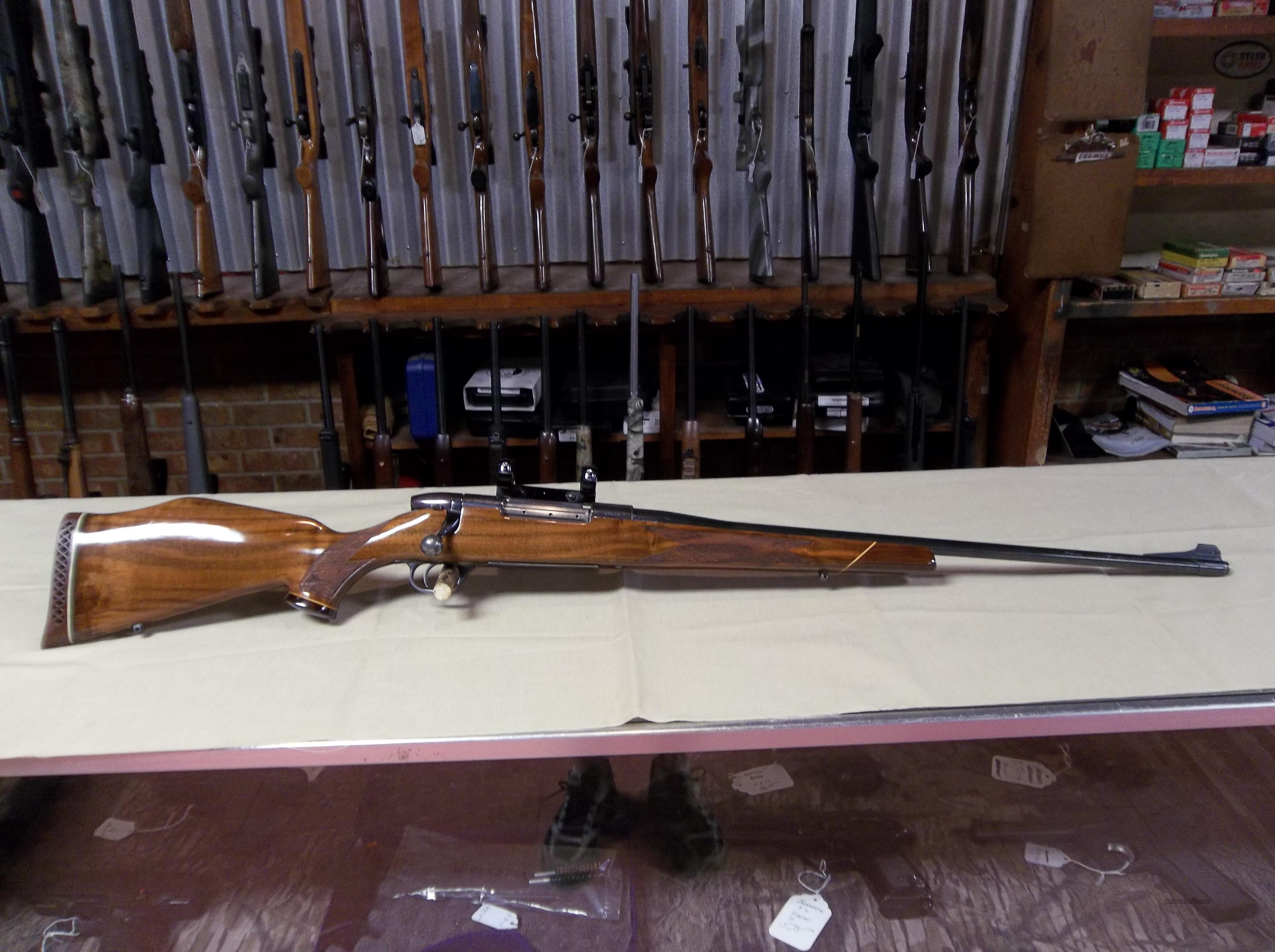 Weatherby Mark 5 Deluxe  Guns > Rifles > Weatherby Rifles > Sporting