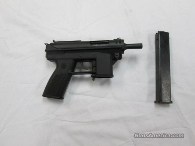 LIKE NEW INTRATEC AB-10 9MM WITH 32 ROUND MAGAZINE  Guns > Pistols > Intratec Pistols