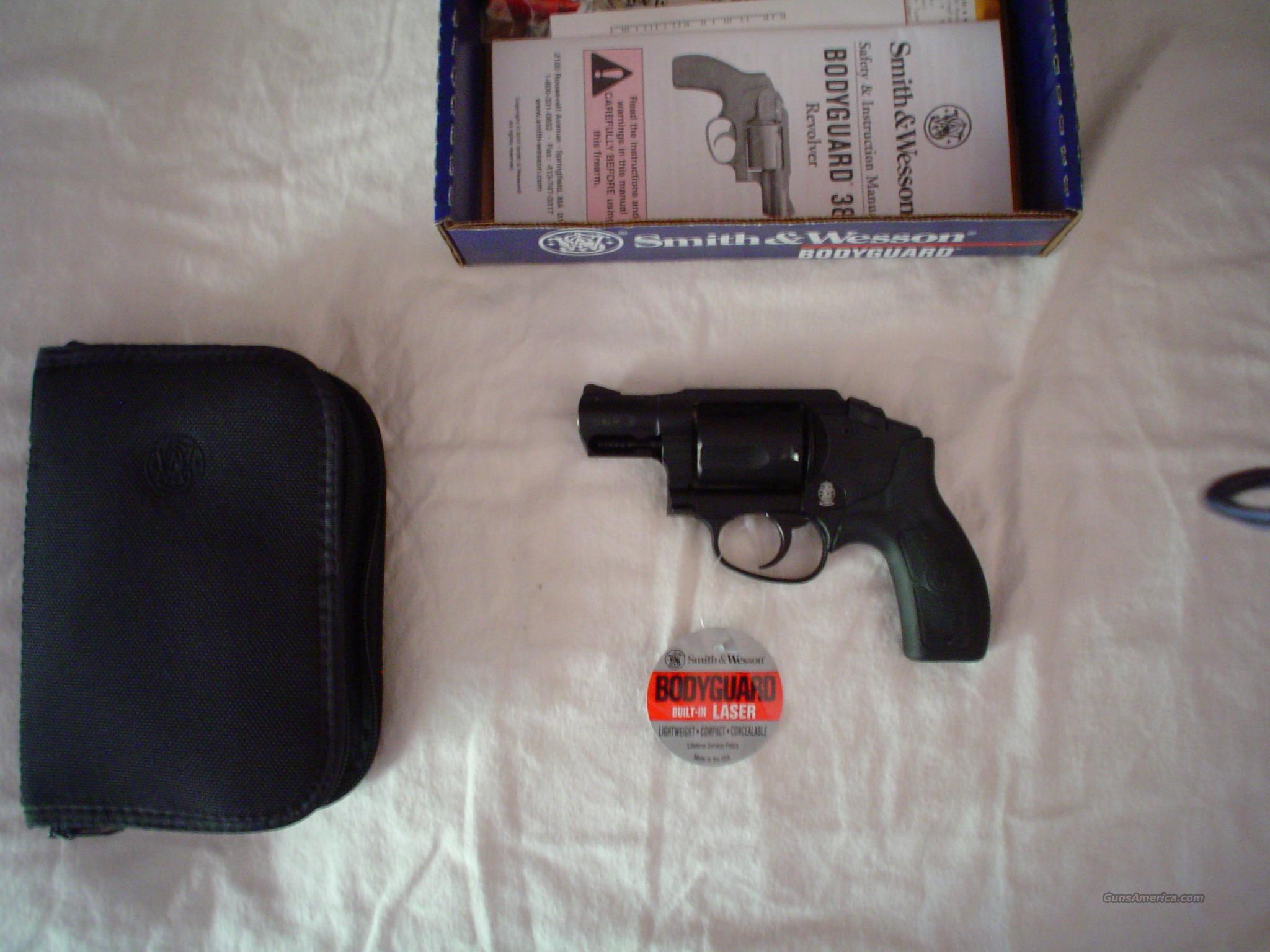 New Smith & Wesson 38 w/laser sight  Guns > Pistols > Smith & Wesson Revolvers > Full Frame Revolver