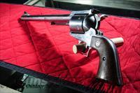 Ruger Super Blackhawk 44. Mag  Ruger Single Action Revolvers > Blackhawk Type
