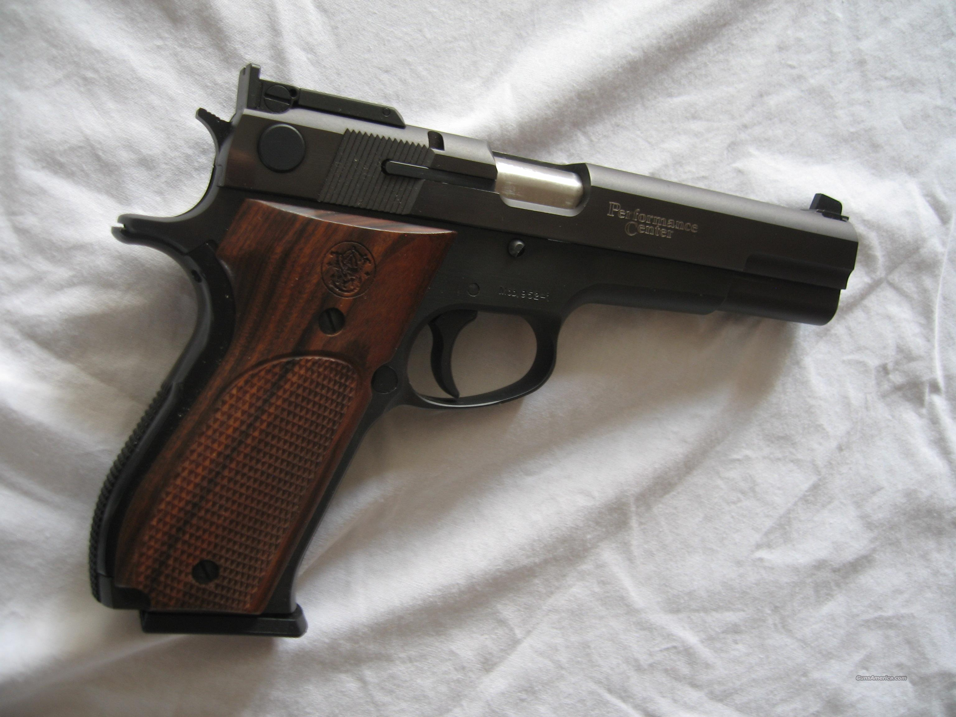 S&W mod. 952-1 PC 9mm target auto  Guns > Pistols > Smith & Wesson Pistols - Autos > Steel Frame