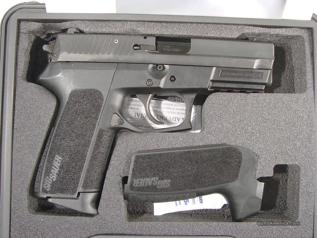 Sig Sauer SP2022 Pistol .40 S&W + EXTRA MAG + LEATHER HOLSTER  Guns > Pistols > Sig - Sauer/Sigarms Pistols > 2022