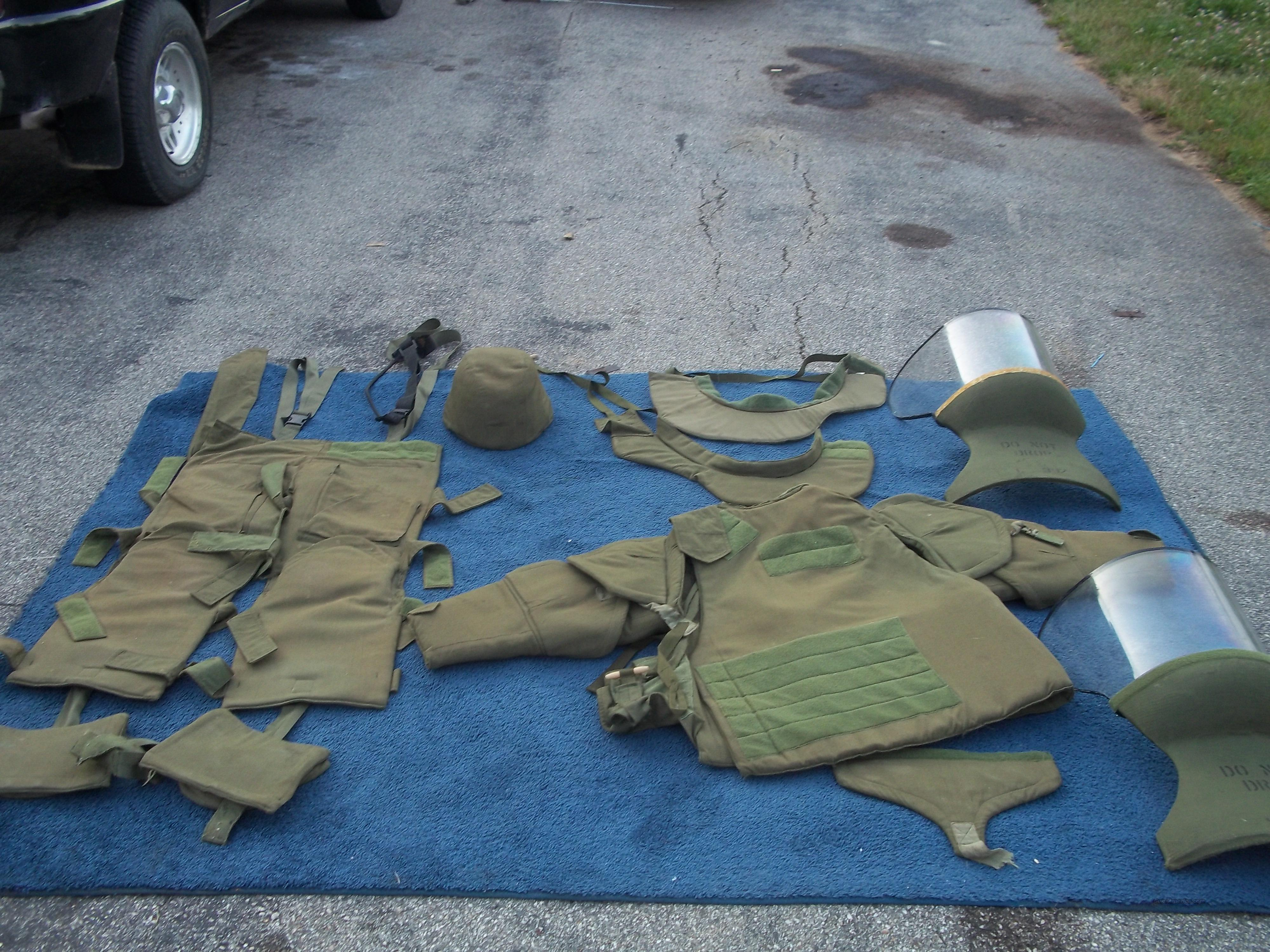 EOD SUIT 100% kevlar  Non-Guns > Tactical Equipment/Vests