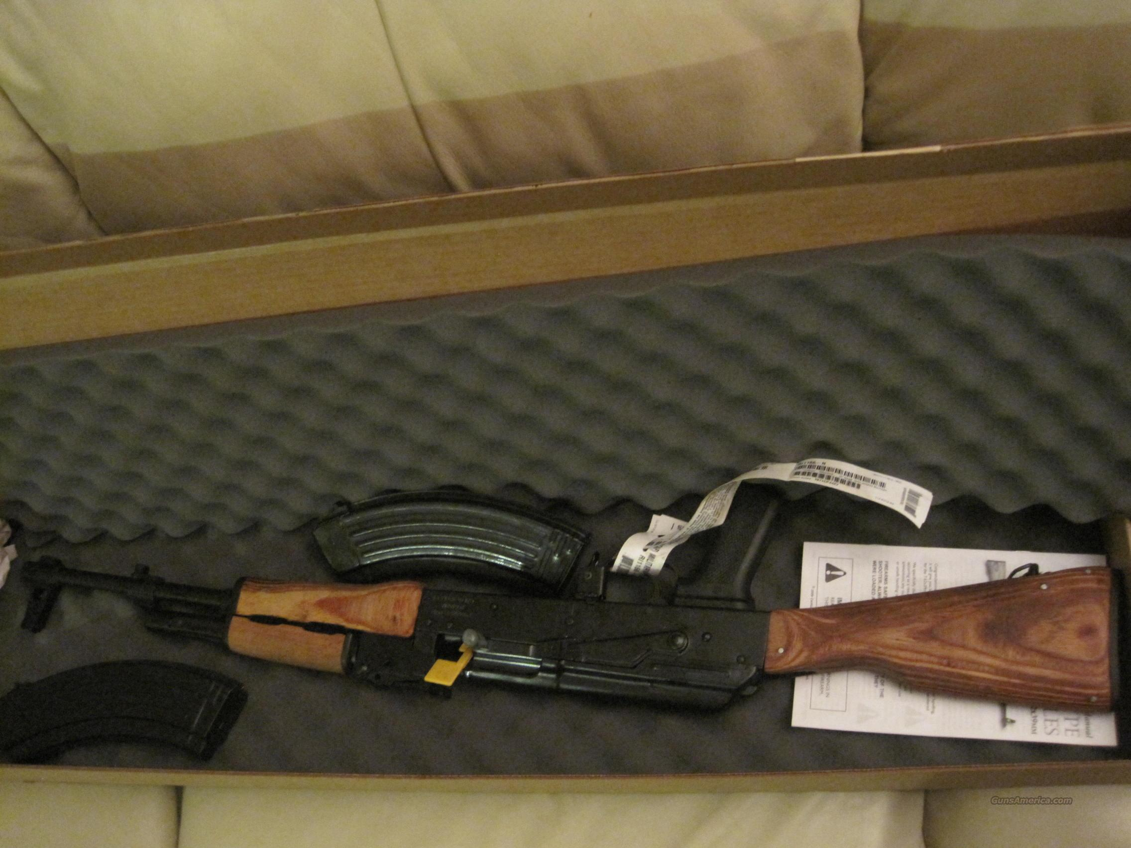 NIB.Romanian  AK-47,7.62x39 mm  Guns > Rifles > AK-47 Rifles (and copies) > Full Stock