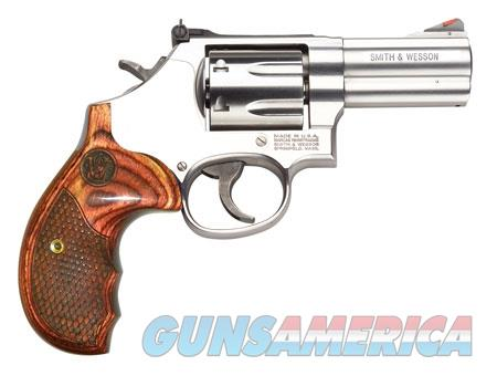 "Smith & Wesson 150713 686 Plus Deluxe Single/Double 357 Magnum 3"" 7 rd Wood Grip Stainless Steel  Guns > Pistols > Smith & Wesson Revolvers > Full Frame Revolver"