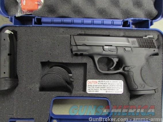 Smith & Wesson M&P9c Compact Size 9mm 209304  Guns > Pistols > Smith & Wesson Pistols - Autos > Polymer Frame