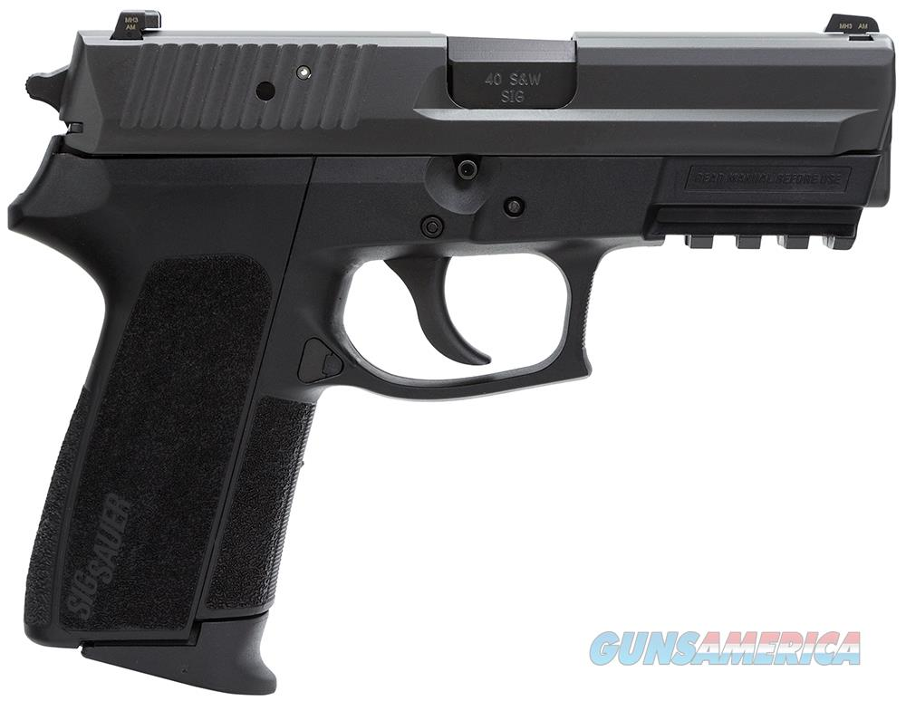 Sig Sauer Sp2022 Semi Auto Pistol 40 S&W, 3.9 In, Poly Grp, 12+1 Rnd, Contrast/Night, Med Blk Frame E2022-40-B  Guns > Pistols > S Misc Pistols