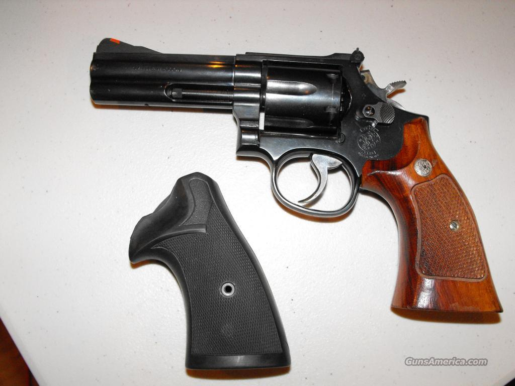 Smith&Wesson M586-1 The .357 Distinguished Combat Magnum  Guns > Pistols > Smith & Wesson Revolvers > Full Frame Revolver