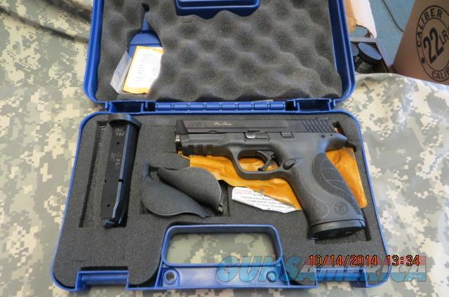 SMITH & WESSON M&P 40 PRO SERIES, NIGHT SIGHTS, HI CAP ***NEW***  Guns > Pistols > Smith & Wesson Pistols - Autos > Polymer Frame