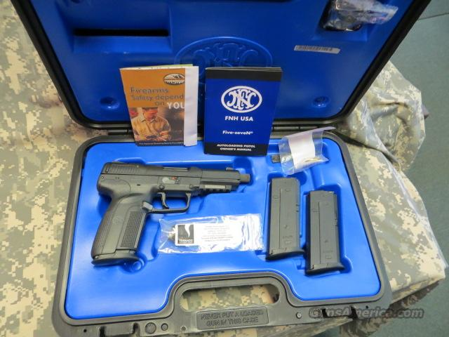 FNH FIVE SEVEN USG 5.7X28MM WITH THREADED BARREL  Guns > Pistols > FNH - Fabrique Nationale (FN) Pistols > FiveSeven