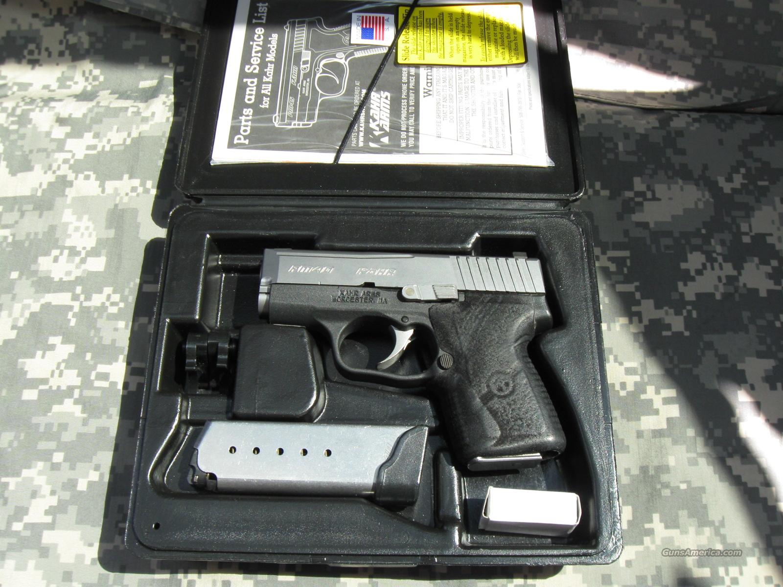 KAHR ARMS PM40 WITH NIGHT SIGHTS  Guns > Pistols > Kahr Pistols