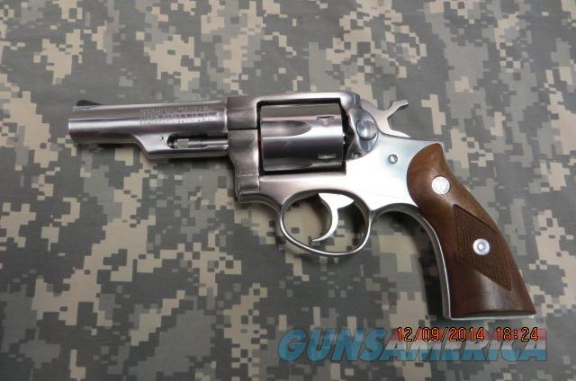 STURM RUGER POLICE SERVICE SIX 357 MAGNUM REVOLVER  Guns > Pistols > Ruger Double Action Revolver > Security Six Type