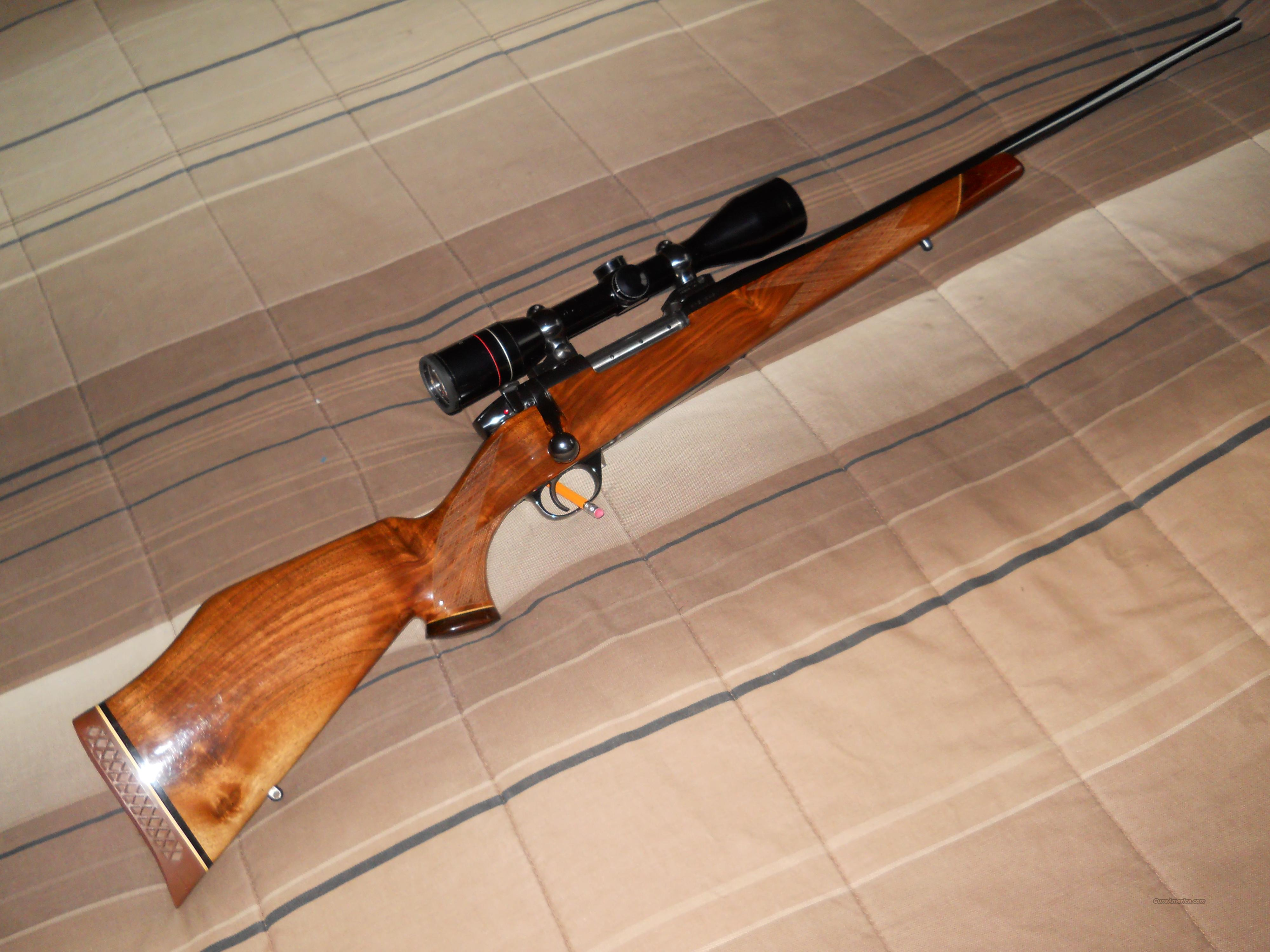 Weatherby mk V .300 mag. w/ Rare 4x44 weatherby scope.  Guns > Rifles > Weatherby Rifles > Sporting