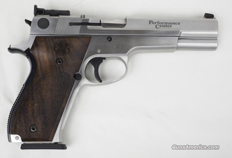 Smith & Wesson Model 952-2 Performance Center  Guns > Pistols > Smith & Wesson Pistols - Autos > Steel Frame