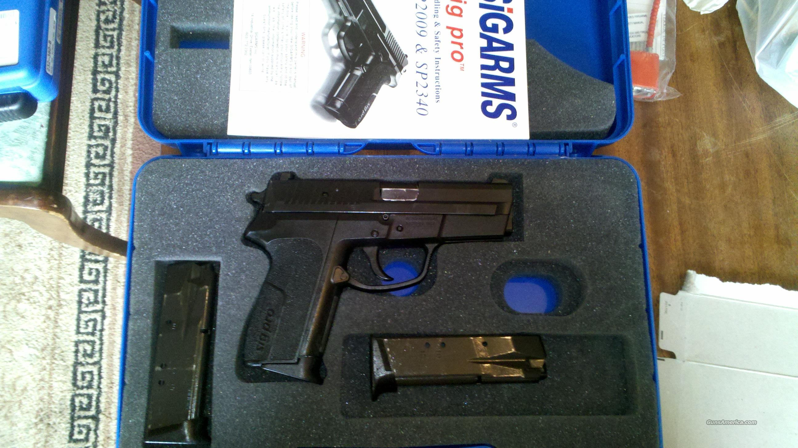 357 Sig Pro Police Issue aka SP2340 - Night Sights  Guns > Pistols > Sig - Sauer/Sigarms Pistols > 2340