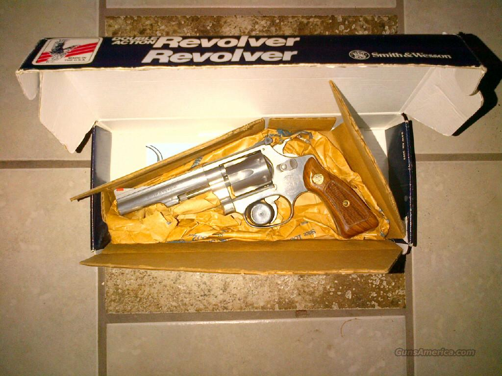 Smith & Wesson 22mag 651-1  Guns > Pistols > Smith & Wesson Revolvers > Full Frame Revolver