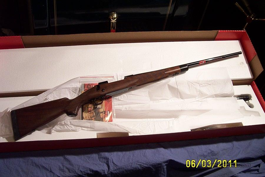 WINCHESTER MOD 70 - SUPER GRADE - 30-06 - NIB  Guns > Rifles > Winchester Rifles - Modern Bolt/Auto/Single > Model 70 > Post-64