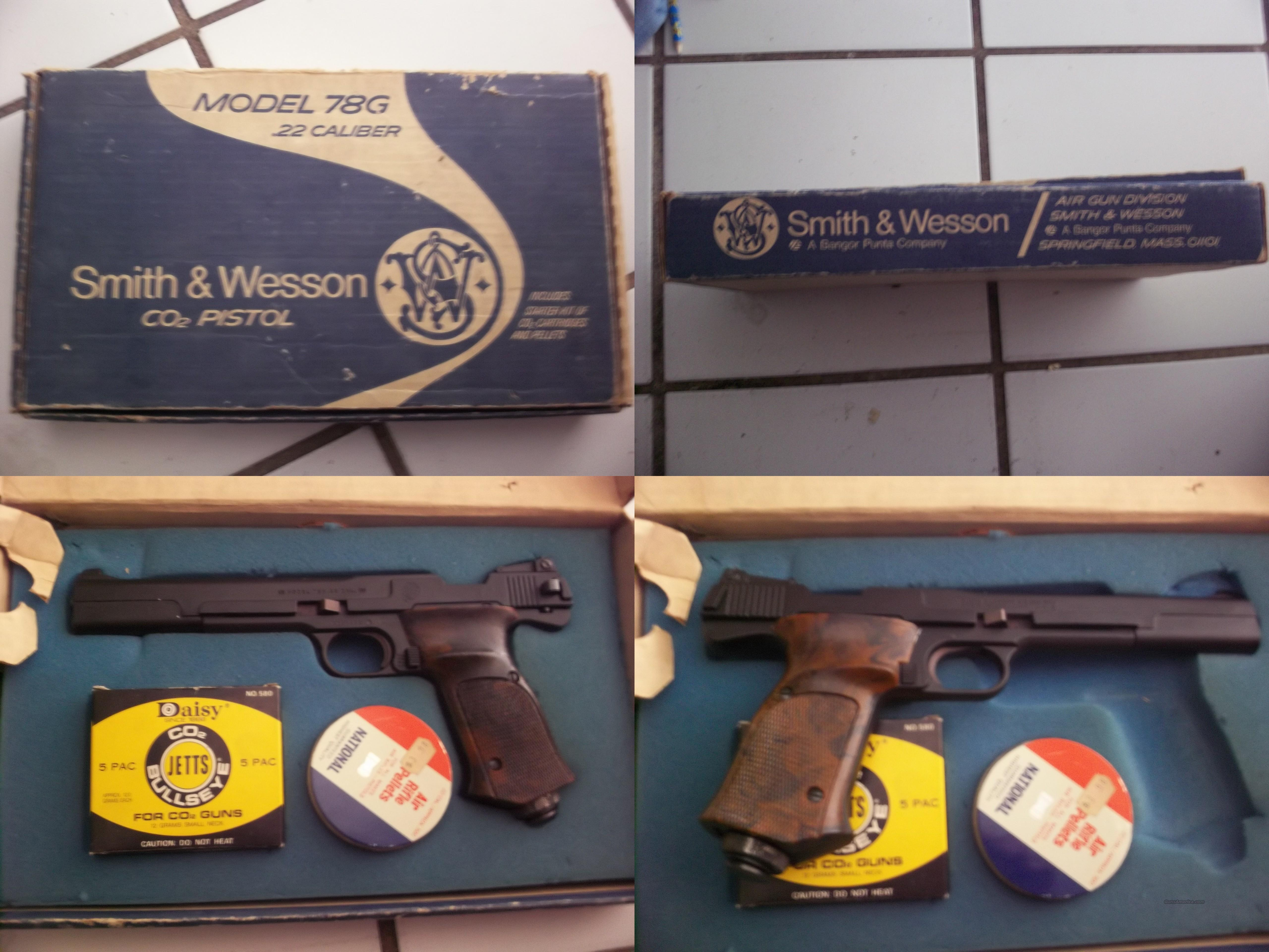 smith and wesson model 78g .22 caliber co2 pistol  Non-Guns > Air Rifles - Pistols > CO2 Pistol
