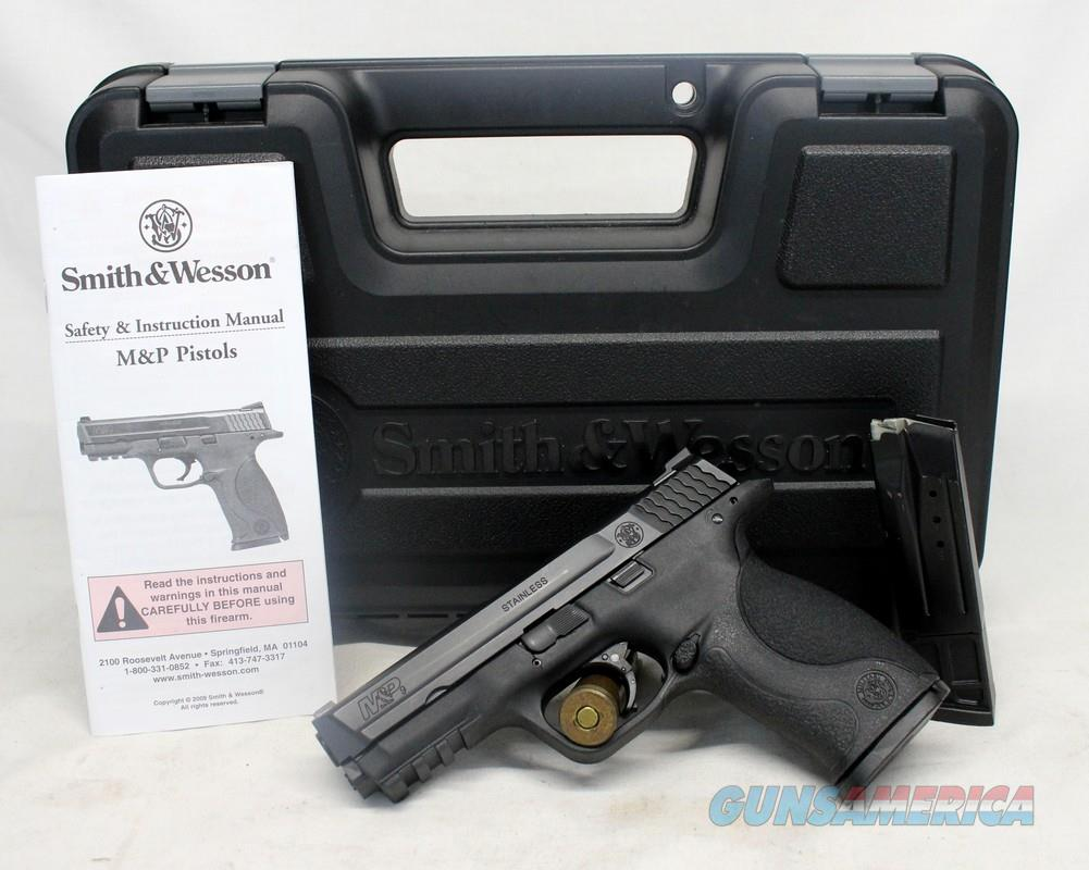 early Smith & Wesson M&P 9 semi-automatic pistol ~ 9mm ~ NO THUMB SAFETY!   Guns > Pistols > Smith & Wesson Pistols - Autos > Polymer Frame