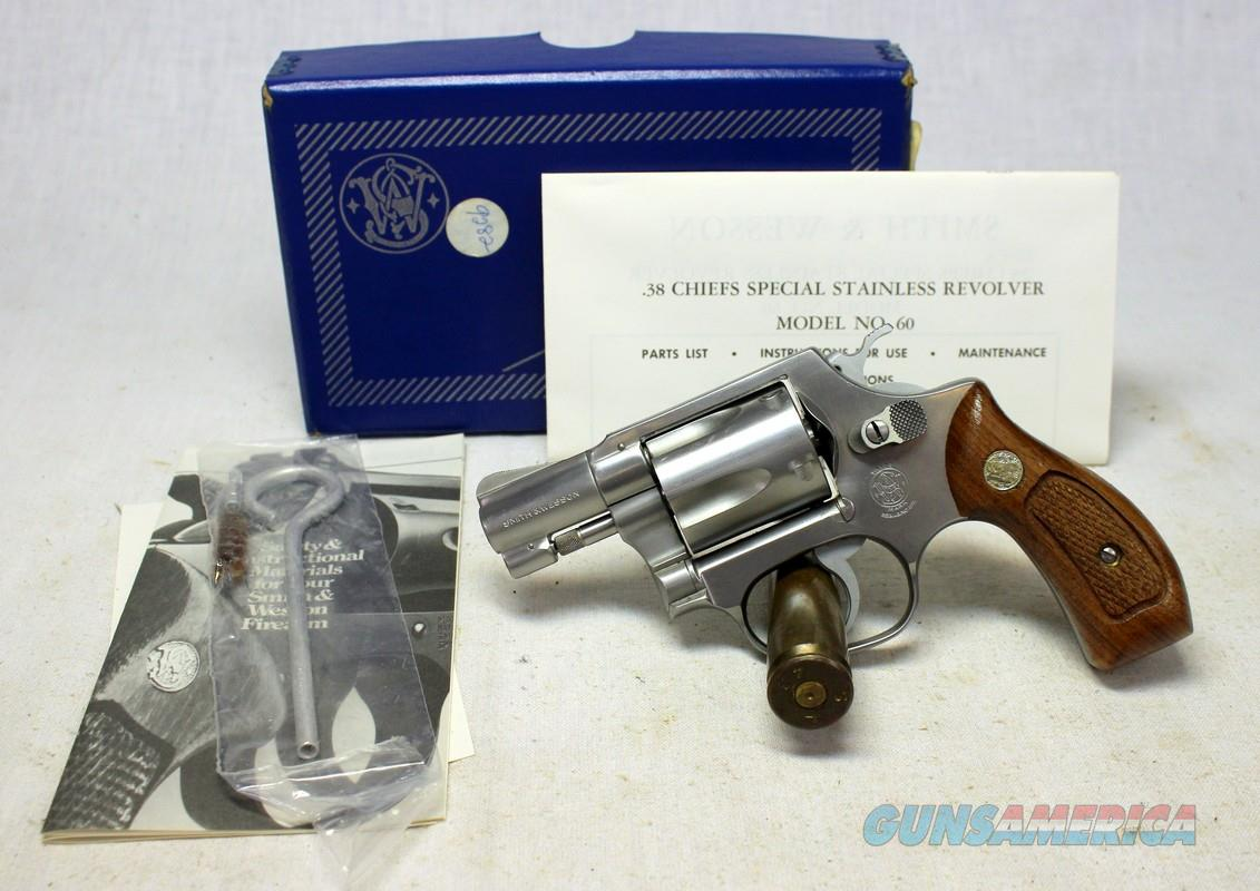 Smith & Wesson Model 60 Stainless Steel Chiefs Special ~ AS NEW IN ORIGINAL BOX ~ No Dash  Guns > Pistols > Smith & Wesson Revolvers > Small Frame ( J )