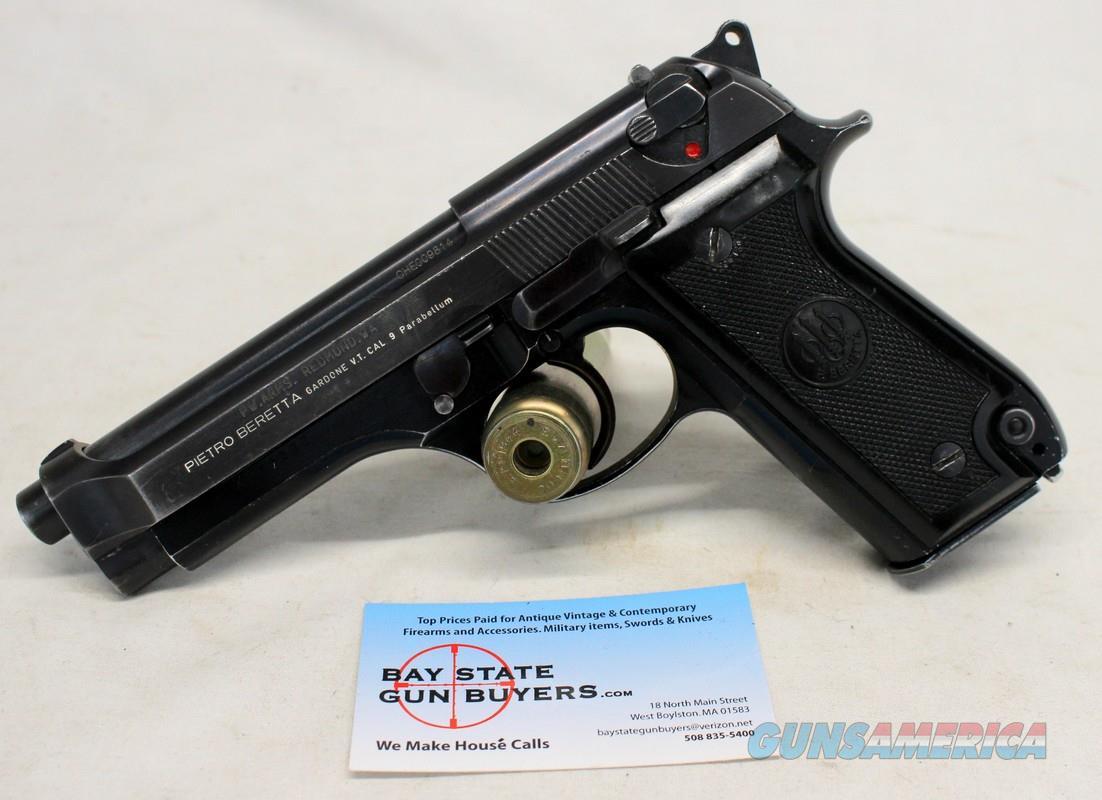 Beretta Model 92S semi-automatic pistol ~ 9mm ~ 15rd Magazine  Guns > Pistols > Beretta Pistols > Model 92 Series