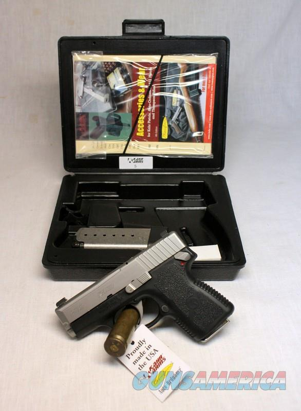 Kahr Arms PM9 DAO Semi-automatic pistol 9mm LNIB Manual, 2 magazines  Guns > Pistols > Kahr Pistols