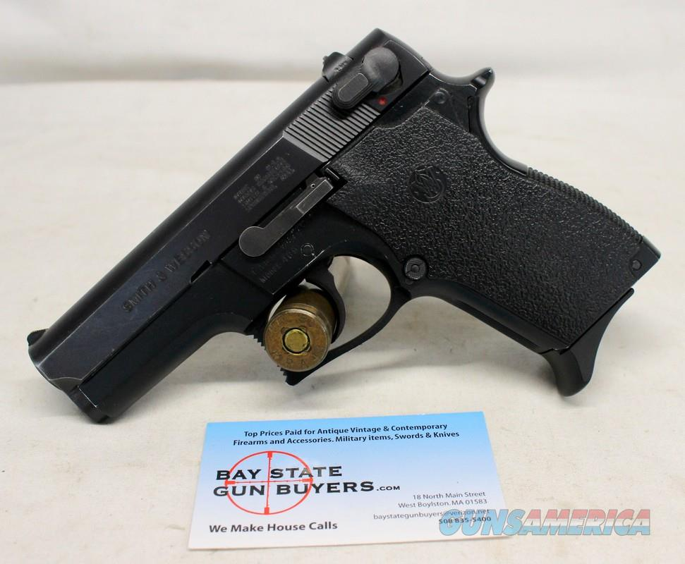 Smith & Wesson Model 469 semi-automatic pistol ~ 9mm ~ DAO ~ Factory 10rd Magazine  Guns > Pistols > Smith & Wesson Pistols - Autos > Alloy Frame