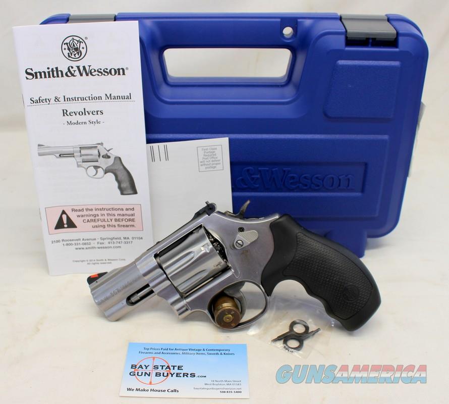 "Smith & Wesson MODEL 686-6 revolver ~ .357 Magnum ~ 2.5"" Barrel ~ BOX & MANUAL  Guns > Pistols > Smith & Wesson Revolvers > Med. Frame ( K/L )"