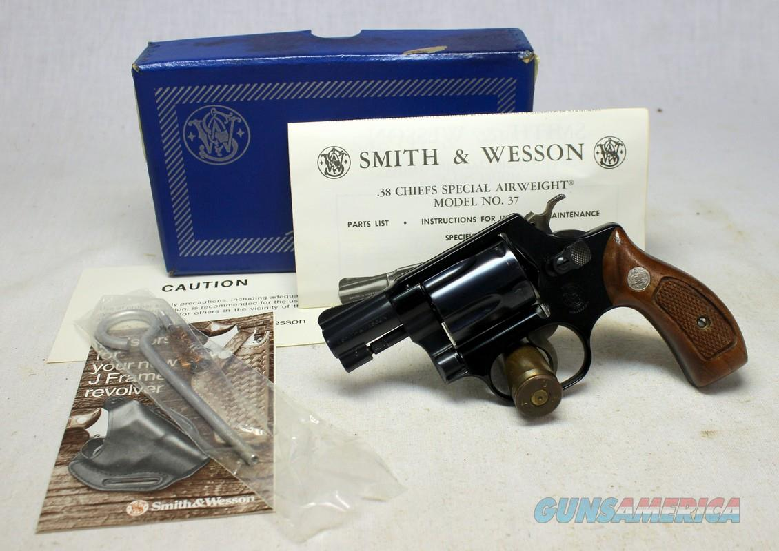 Smith & Wesson Model 37 Airweight Chiefs Special ~ UNFIRED IN ORIGINAL BOX ~ NO Dash  Guns > Pistols > Smith & Wesson Revolvers > Small Frame ( J )