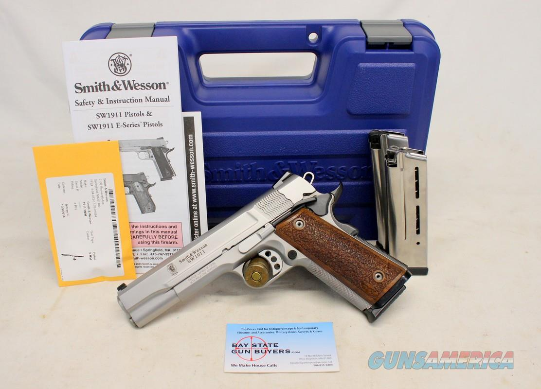 Smith & Wesson PRO SERIES 1911 semi-automatic pistol ~ 9mm Luger ~ Orig. Box, Manual and (3) 10rd Wilson Combat Magazines  Guns > Pistols > Smith & Wesson Pistols - Autos > Steel Frame