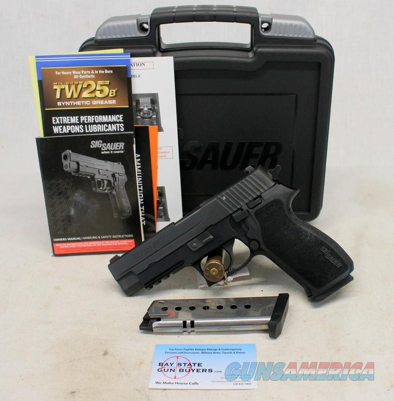 "Sig Sauer P220 4.5"" semi-automatic pistol ~ .45ACP ~ LIKE NEW / UNFIRED   Guns > Pistols > Sig - Sauer/Sigarms Pistols > P220"