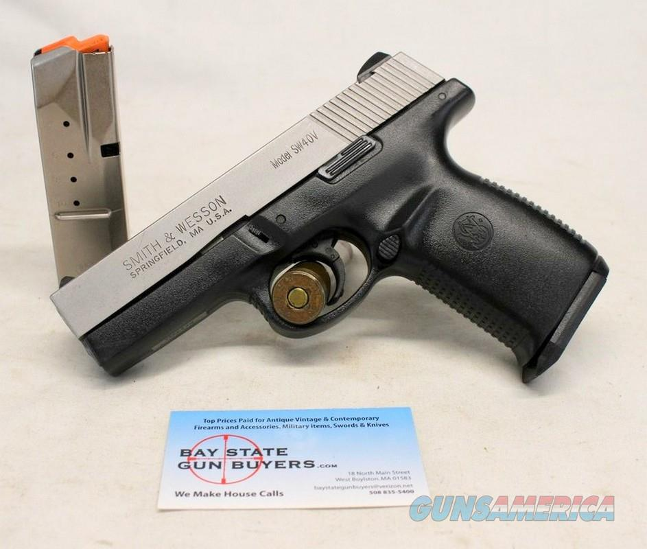 Smith & Wesson Model SW40V semi-automatic pistol ~ .40S&W ~ (2) 10rd Magazines  Guns > Pistols > Smith & Wesson Pistols - Autos > Polymer Frame